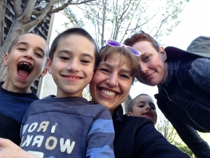 kaplan, anita - 2015 selfie with kids